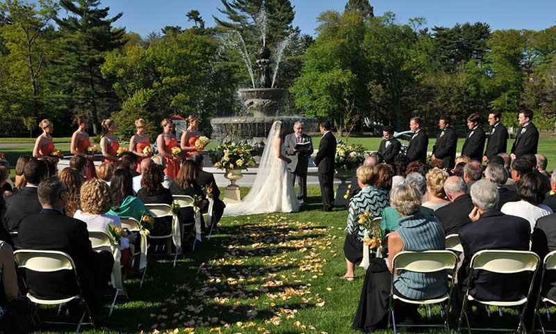 01610bce9138 Boston area Elegant Waterfront Weddings